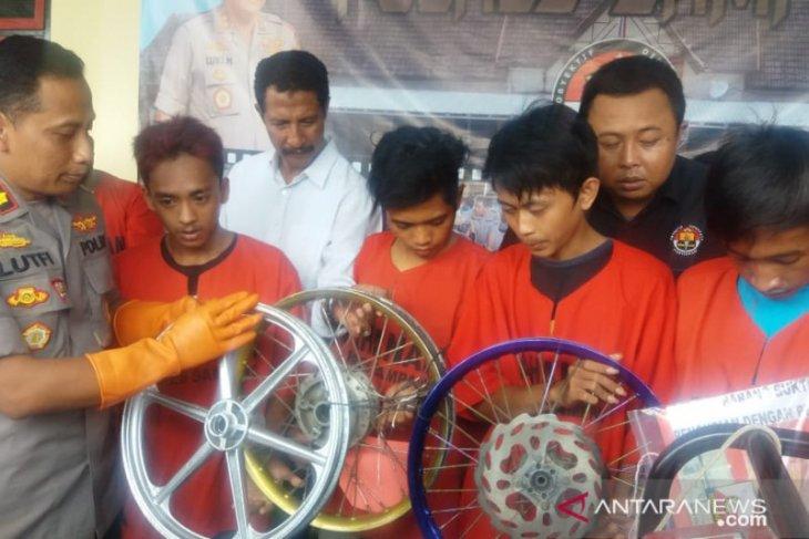 Polisi Sampang ringkus komplotan pembobol toko