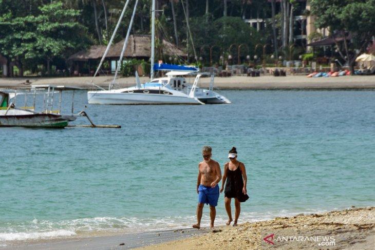 Dampak sederet syarat kunjungan Natal-Tahun Baru ke Bali bagi pariwisata