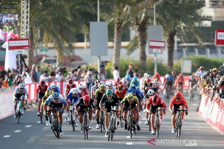 Dikarantina corona, manajer tim balap sepeda ancam mogok makan