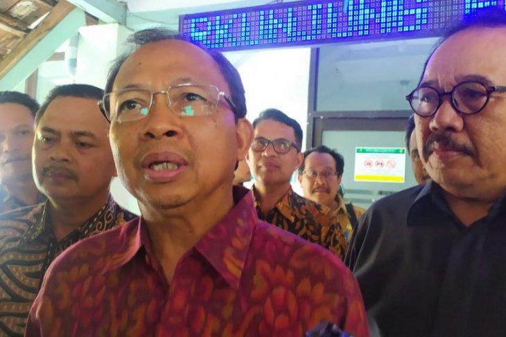 Gubernur Bali: jangan panik soal COVID-19
