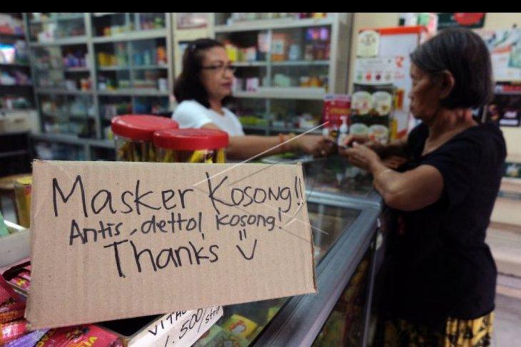 Masker dan antiseptik mulai langka di Bali