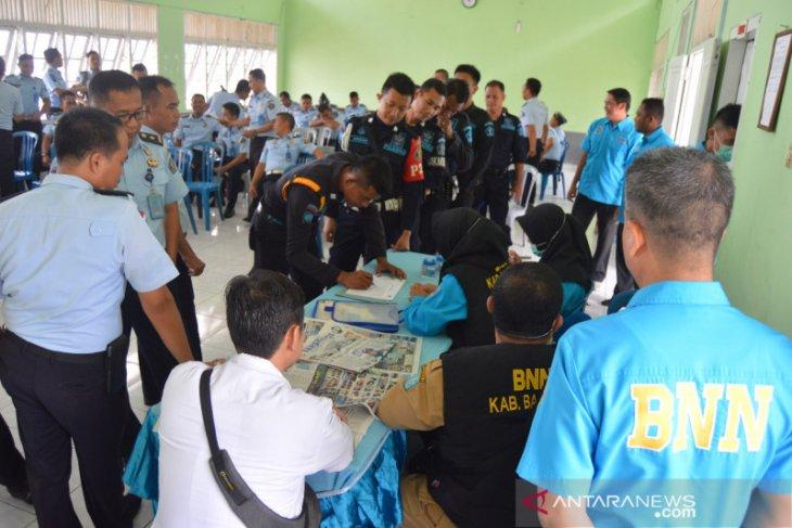 BNNK Bangka tes urine WBP narkoba di Lapas Sungailiat