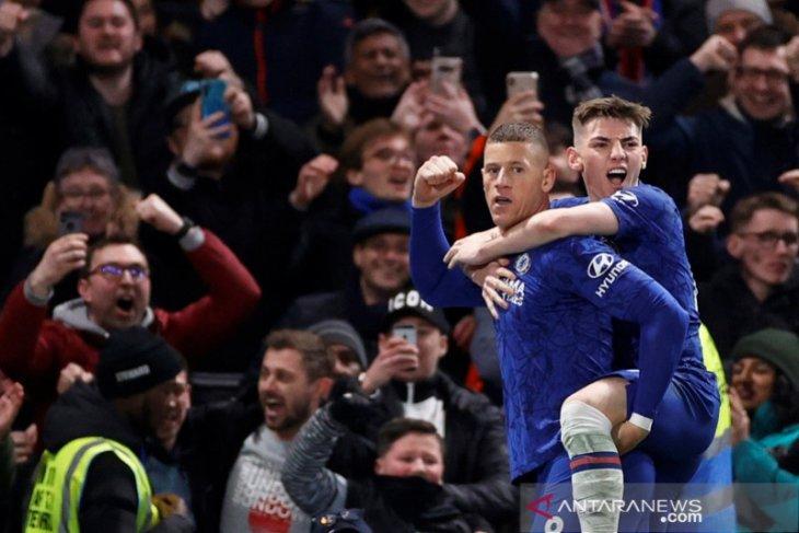Chelsea singkirkan Liverpool setelah menang 2-0 di Stamford  Bridge