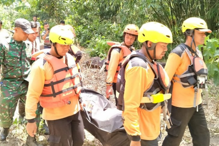 Tim SAR gabungan temukan korban hanyut di Sungai Renun Dairi