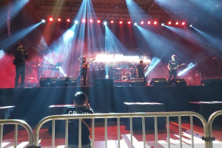 Konser God Bless meriahkan puncak HPN PWI Malang Raya