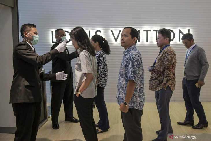 Jakarta monitors 145, places 30 under surveillance over COVID-19