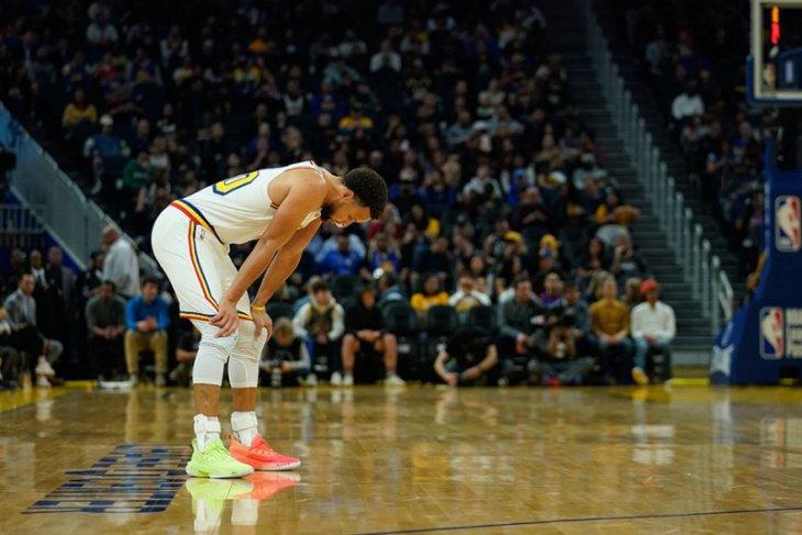 Curry main lagi tapi kalah