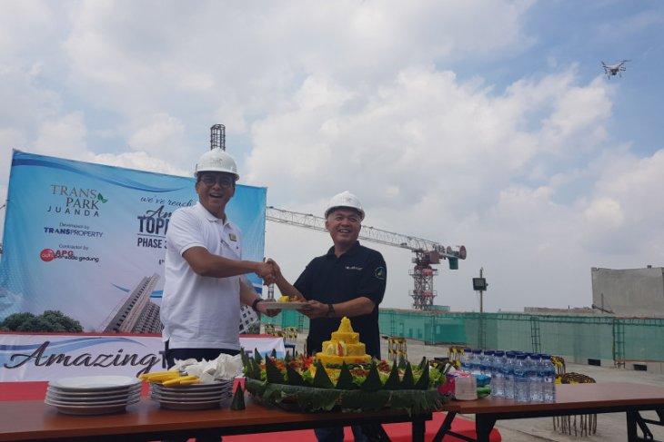 Transpark Juanda Bekasi resmikan 'topping off' Ruby Tower