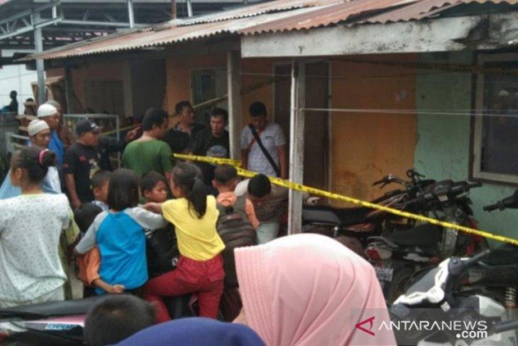 Siswi MTsN Tanjungbalai ditemukan tewas di dalam kamar