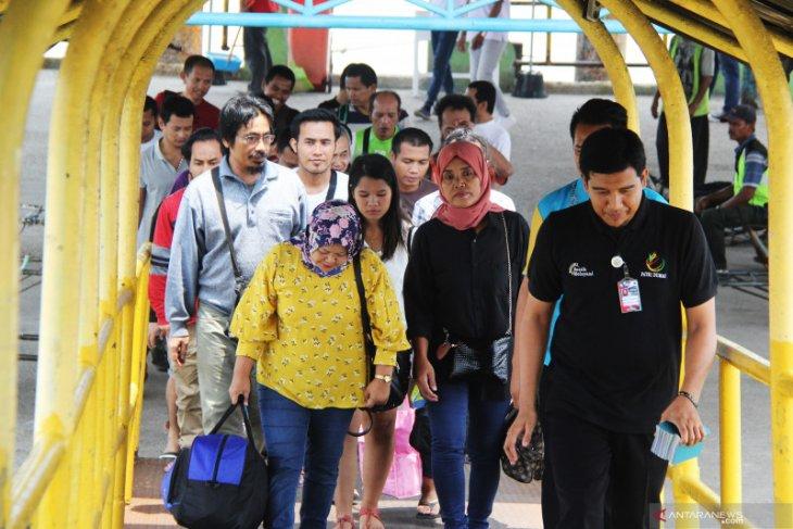 Pemerintah  Malaysia deportasi 114 pekerja migran Indonesia melalui Kalbar