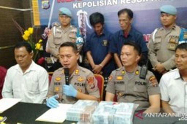 Polisi ringkus kepala desa miliki narkotika di Nias Barat