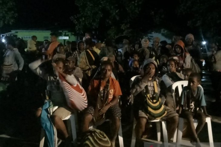 800 villagers evacuated to Timika City to evade rebels' terror