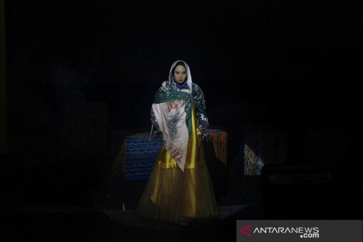 Fashion Show Busana Sasirangan