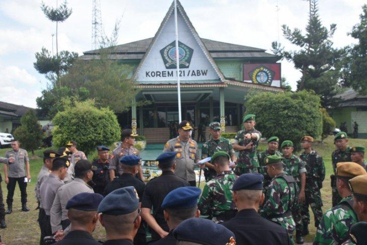 2. 793 personil TNI - Polri siap amankan sidang Karhutla di Sintang Kalbar