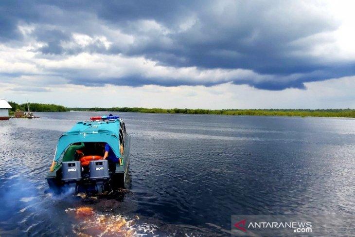 Gubernur Kalteng tinjau lokasi kecelakaan lalu lintas air di Sungai Sebangau
