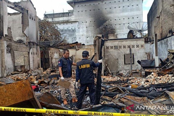 Tim Labfor Mabes Polri selidiki penyebab kebakaran di Pasar Mentok