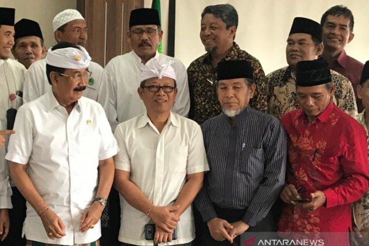 Anggota DPD harapkan COVID-19 tidak ganggu Haji 2020