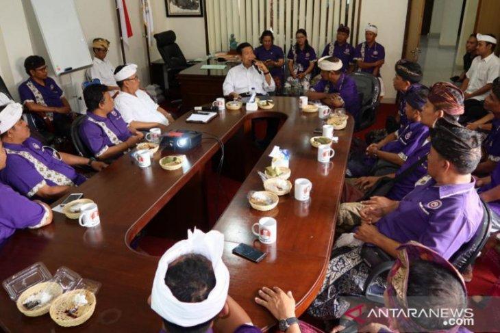 Pekerja pariwisata Bali diminta terus tenang hadapi dampak COVID-19