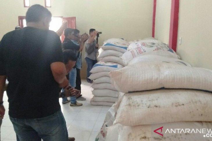 Polisi amankan 166 karung pupuk tanpa izin di Gunungsitoli