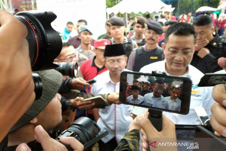 Mensos Juliari P Batubara berharap penerima bantuan sosial berkurang setiap tahun