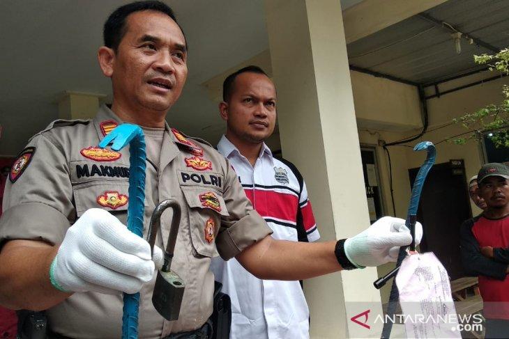 Penjual miras oplosan yang tewaskan dua orang di Bekasi diringkus polisi