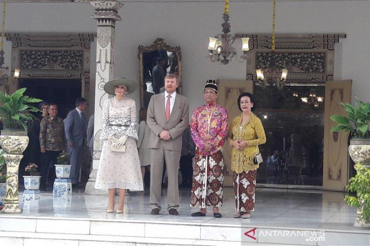 Dutch King, Queen meet Sultan Hamengku Buwono X in Yogyakarta