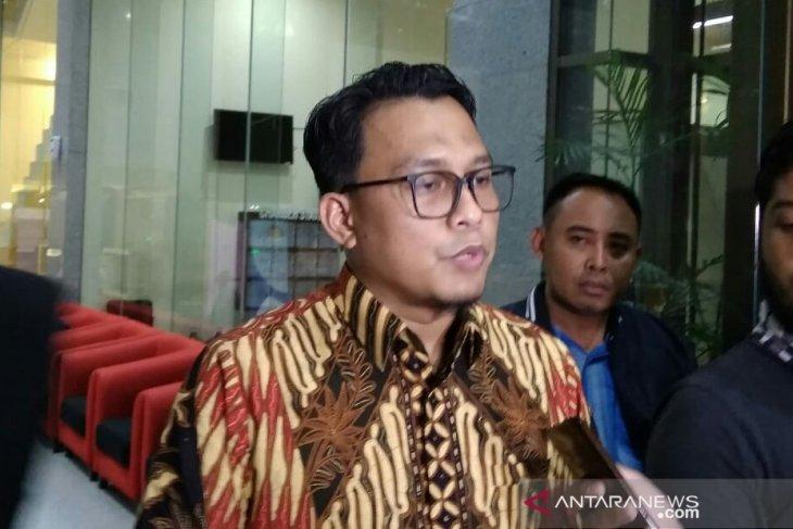 KPK panggil mantan Sekda Kota Bandung Jawa Barat Edi Siswadi