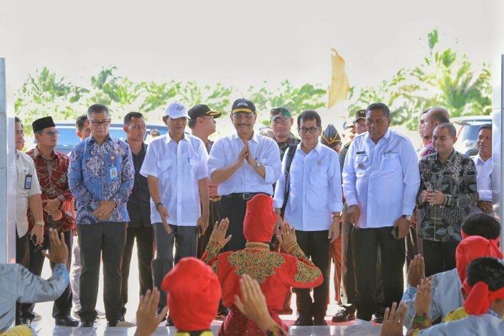 Luhut minta Kemenhub segera mulai perpanjangan Bandara Aceh Singkil