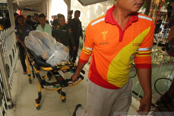Polisi Surabaya tembak mati bandar narkoba bersenjata tajam