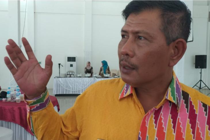 Pemprov Kalbar alokasikan Rp12 miliar untuk Jalan Siduk - Teluk Batang