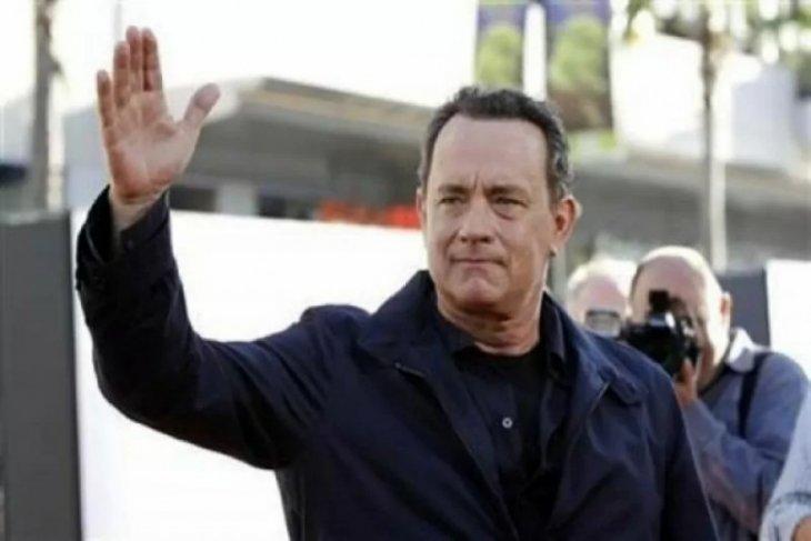 Tom Hanks kena corona hingga BMW setop produksi i8