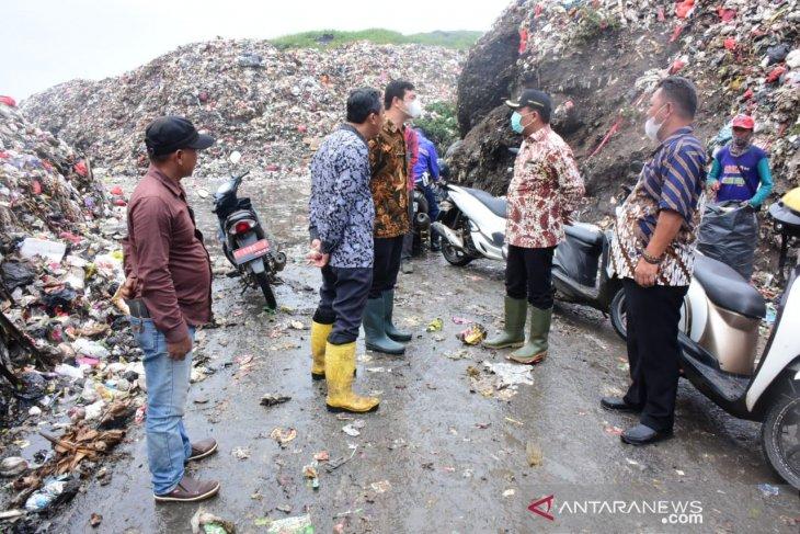 Wabup Karawang: Sampah di TPA Jalupang perlu diolah jadi energi