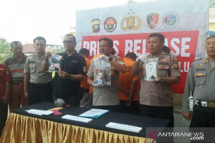 Tiga oknum honorer Damkar ditangkap terkait sabu