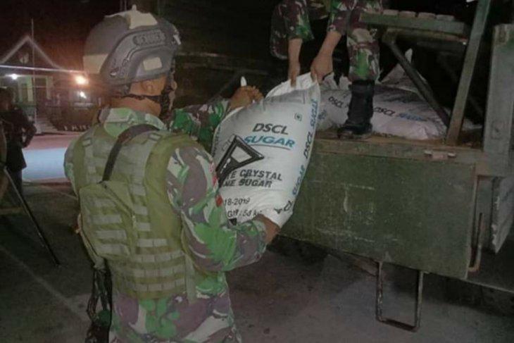 Satgas Pamtas RI dan Malaysia amankan 1.350 kilogram gula pasir ilegal