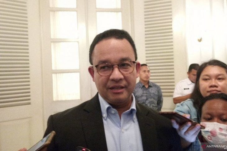 Anies serukan seluruh perusahaan di Jakarta hentikan sementara kegiatan perkantoran