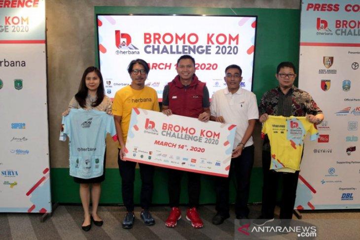 1.448 pesepeda berkompetisi taklukkan tanjakan Bromo