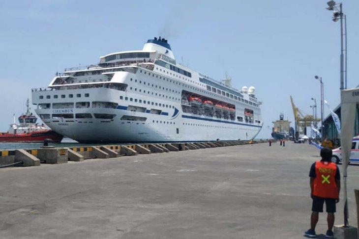MV Colombus allowed to call at Semarang Port