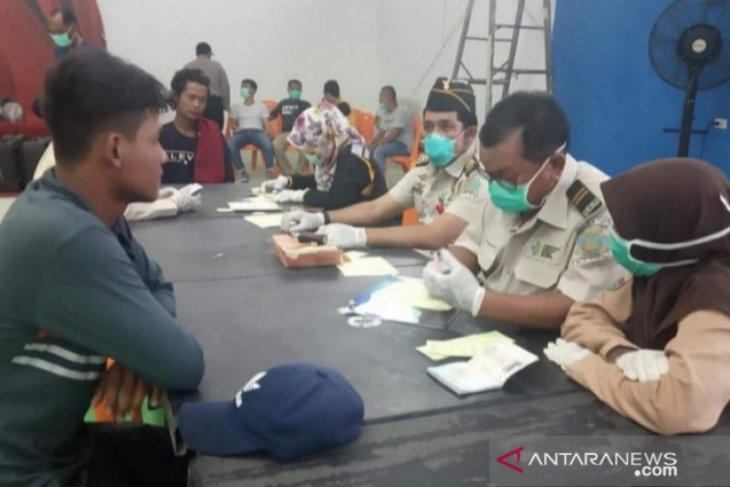 39 TKI asal Malaysia yang diamankan Polres Tanjungbalai bebas Covid-19