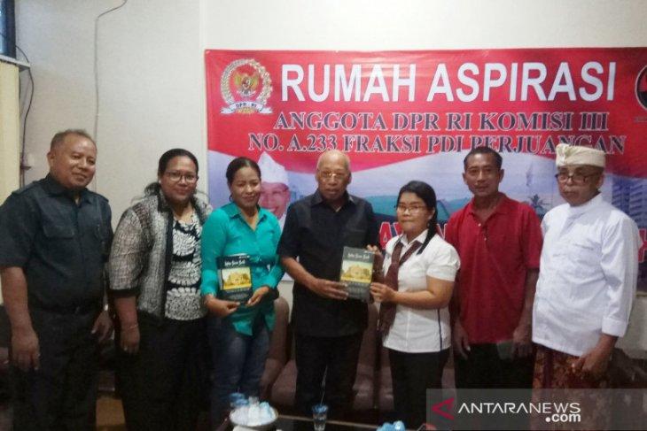 Minta perhatian, korban bom Bali minta restitusi datangi rumah aspirasi DPR