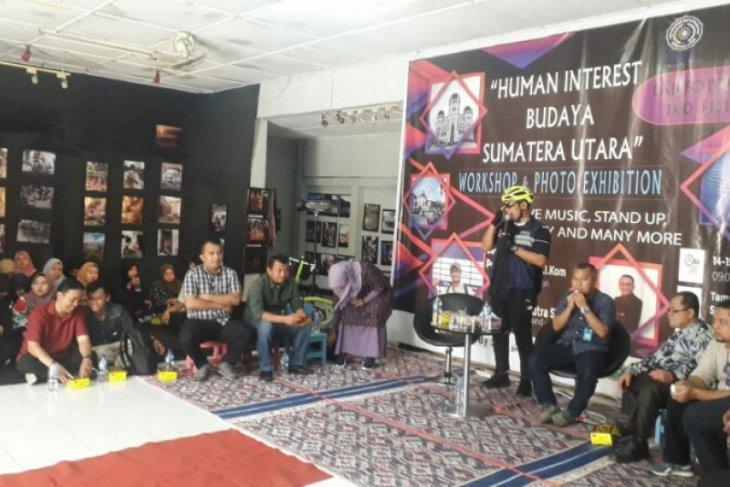 Ratusan foto mahasiswa UMSU dipamerkan di Taman Budaya Sumut