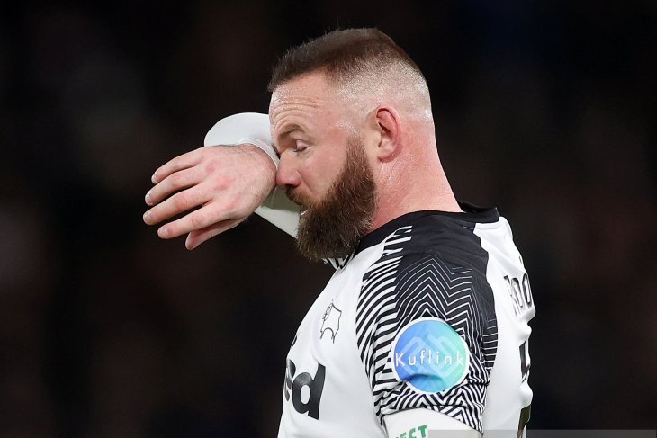 Rooney: Otoritas sepak bola perlakukan pemain seperti babi