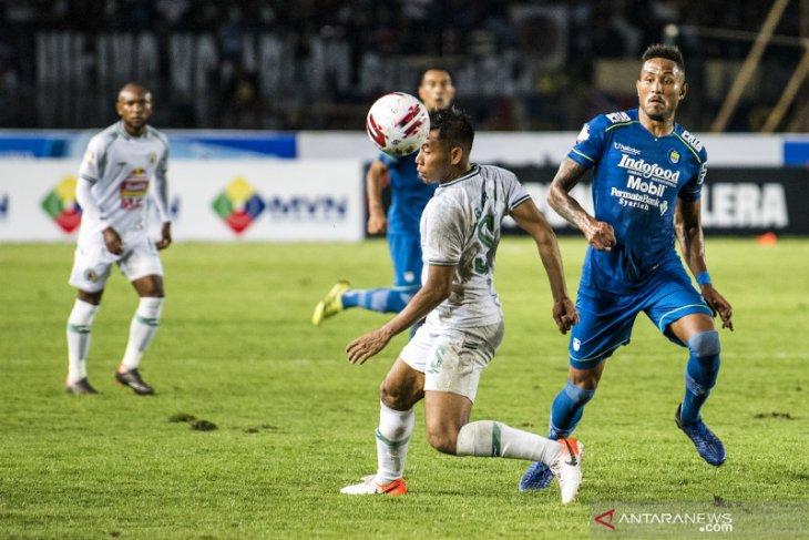 Persib kokoh di puncak klasemen Liga 1 usai kalahkan PSS Sleman