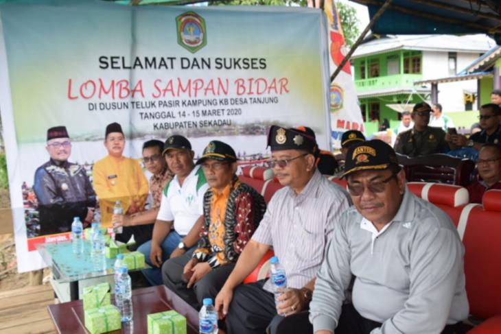 Lomba sampan bidar Desa Tanjung Dusun Teluk Pasir dibuka