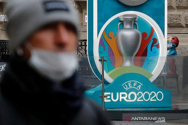 Piala Eropa resmi ditunda, UEFA reka ulang jadwal rampungkan liga-liga