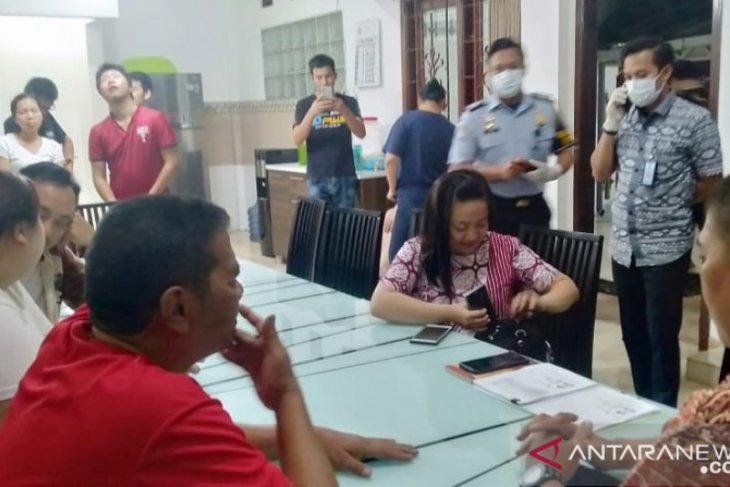 Sebanyak  16 WNA lolos pemeriksaan Kantor Imigrasi Blitar