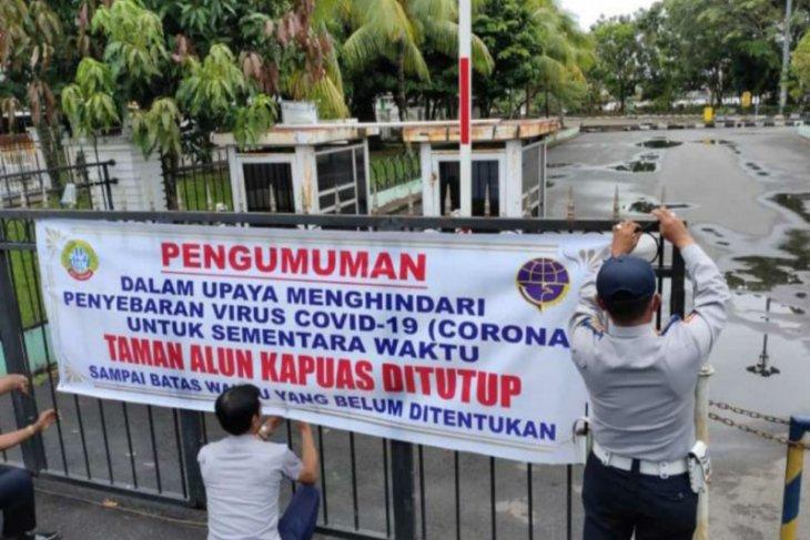 Taman Alun-alun Kapuas Pontianak ditutup cegah COVID-19