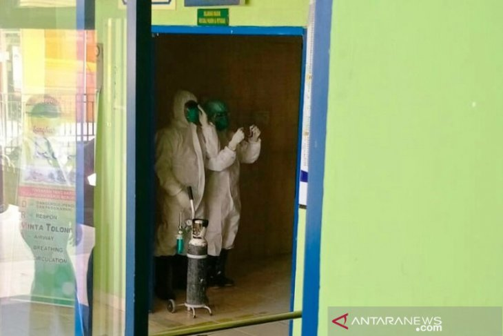 Pulang liburan, warga Padang Pariaman demam tinggi dan sesak nafas