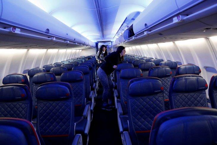 AS akan minta semua penumpang dari Inggris miliki hasil tes negatif COVID-19 dalam 72 jam