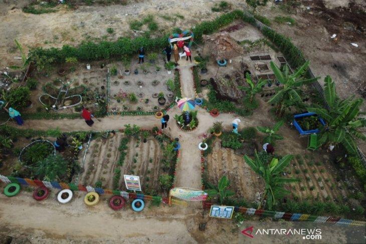 Riau's tourism authority closes 117 destinations to control COVID-19