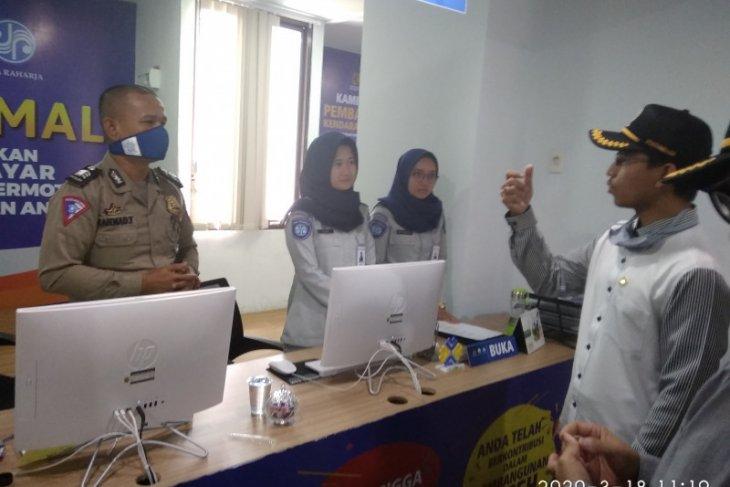Dewan cek tempat layanan publik cegah peredaran Covid-19 di Banda Aceh